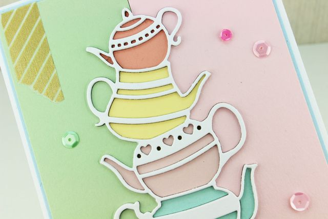 Stacked-Teapots-CU2