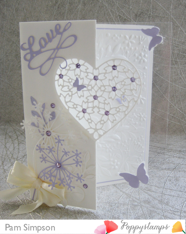 2285 Floral Lace Heart Split Border